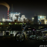 CB1100ナイトラン 工場夜景とオートバイ