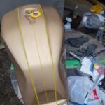 マスキング開始  CB1100  DIY 燃料タンク塗装 その④